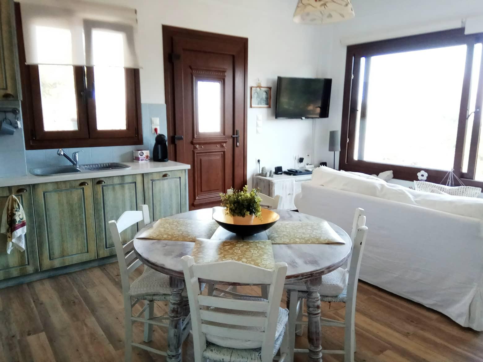 Naxos Beach Front House – Casa con 2 camere