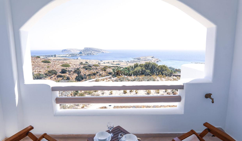 theasis luxury suites schinoussa (18)