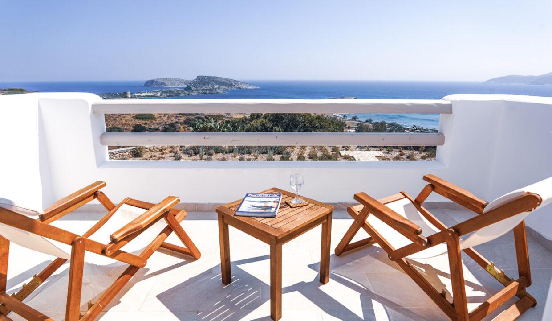 theasis luxury suites schinoussa (23)