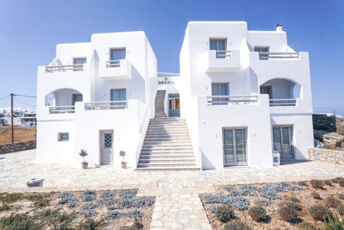 theasis luxury suites schinoussa (31)