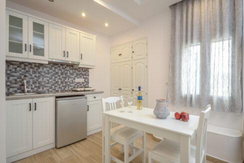 103 double bed first floor sun beach (3)