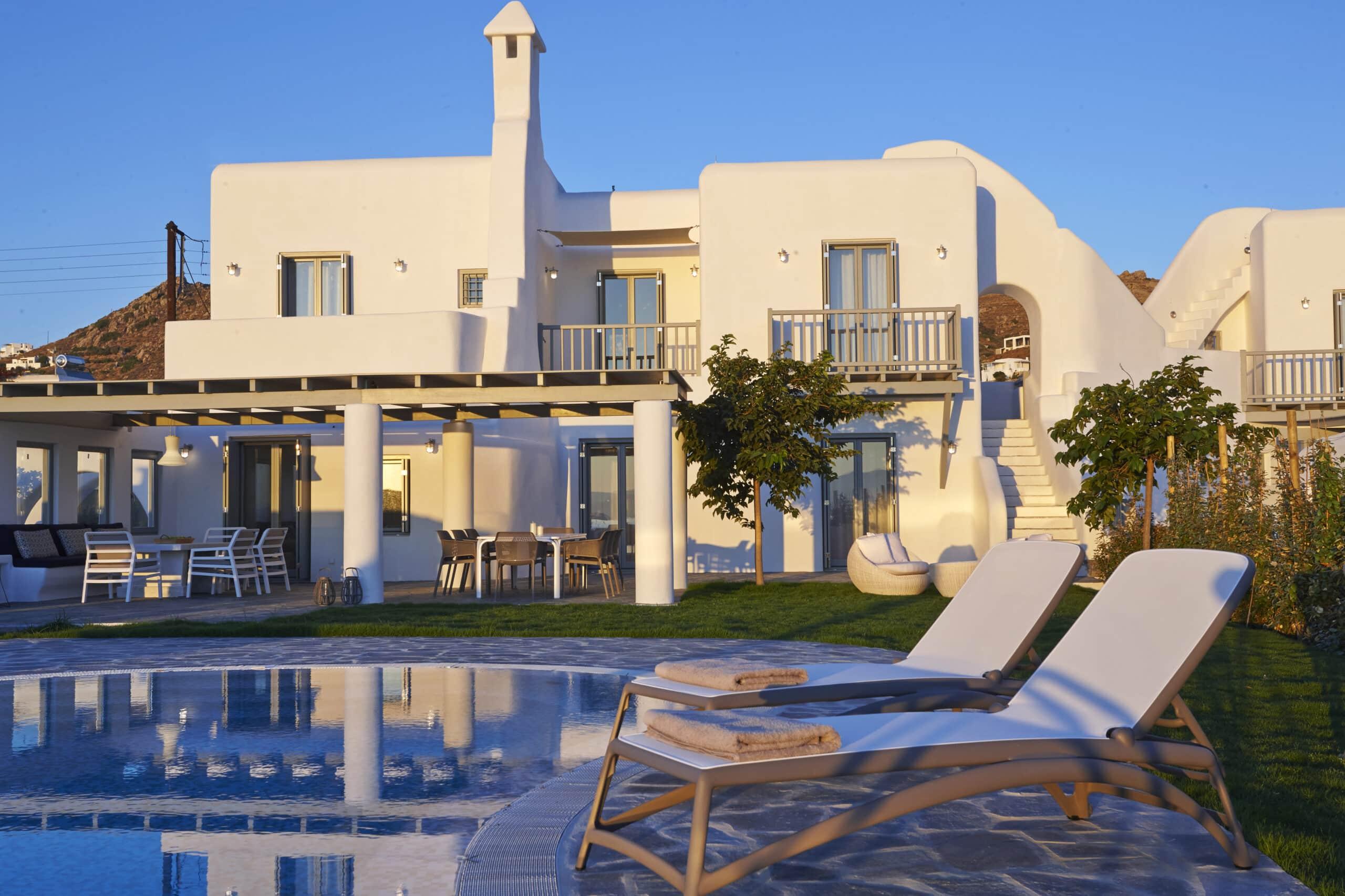 Aqua Breeze Villas
