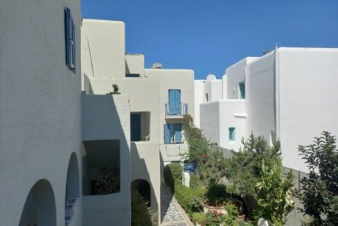 Iria Beach Art Hotel (6)