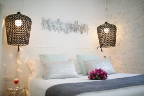 euphoria downtown naxos deluxe suite spa bath (2)