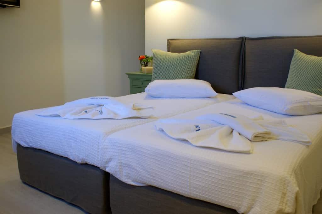 Standard-Double-room-alkyoni-bedroom-1024x683