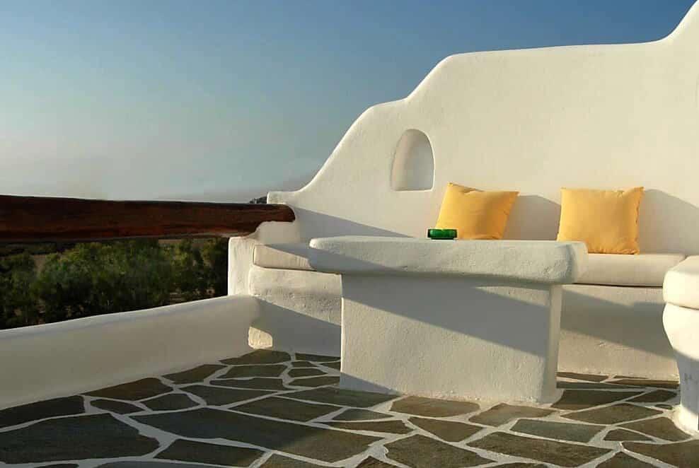 balcony-of-deluxe-double-room