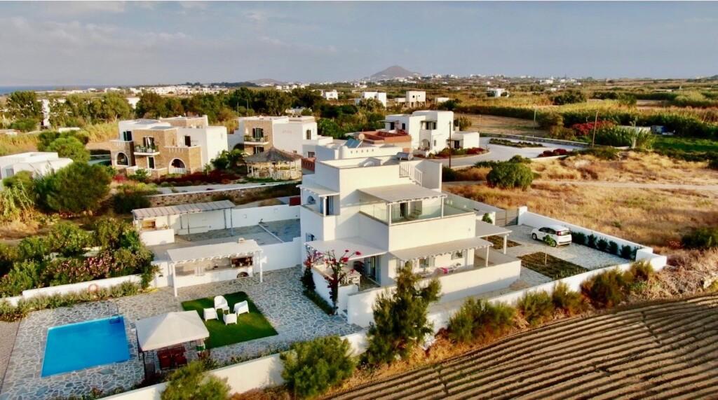 Villa Pergola - 3 Bedrooms Villa with Private Pool