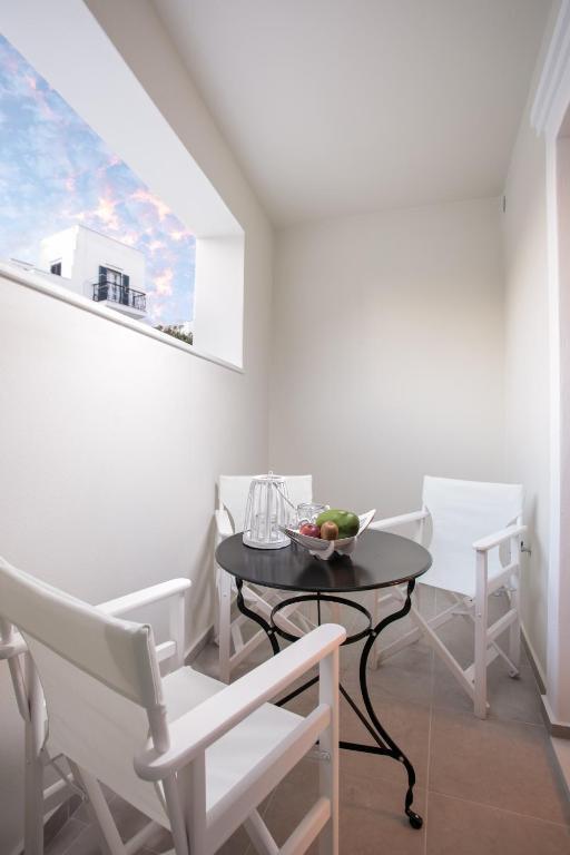 studio apartment (2)