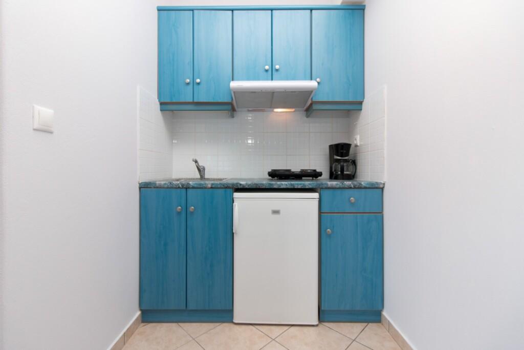 studio apartment (5)