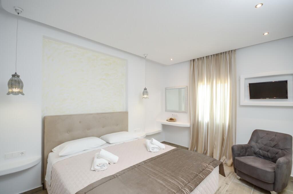 106 family suite second floor (5)
