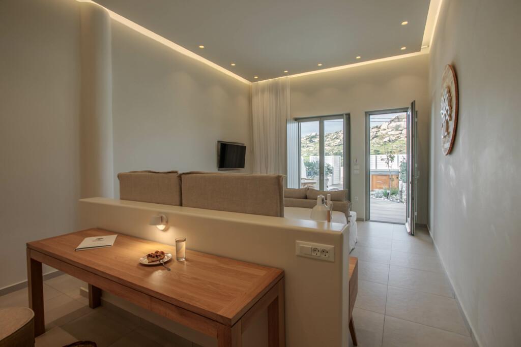 Two bedroom suite 11