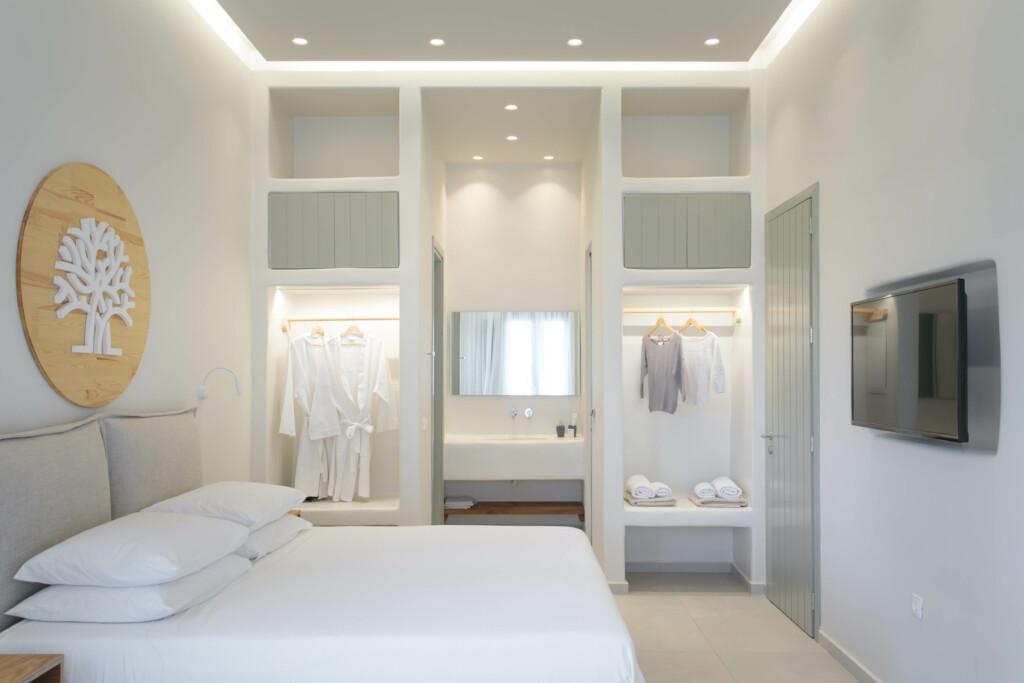 Two bedroom suite 7