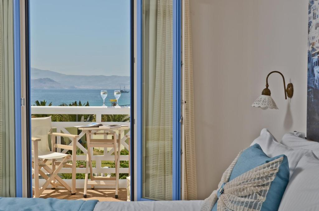 double room partial sea view (1)