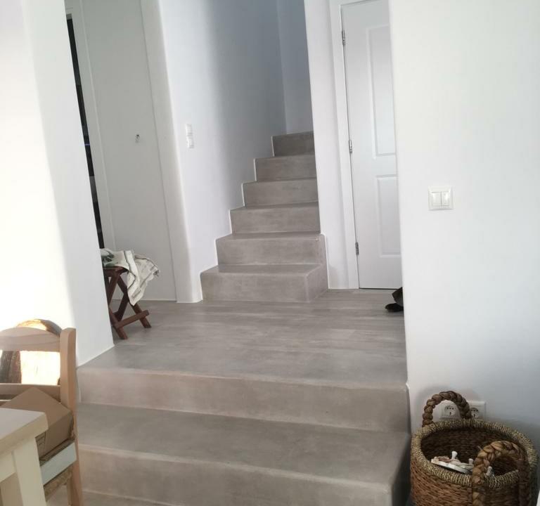 Casa glinado steps