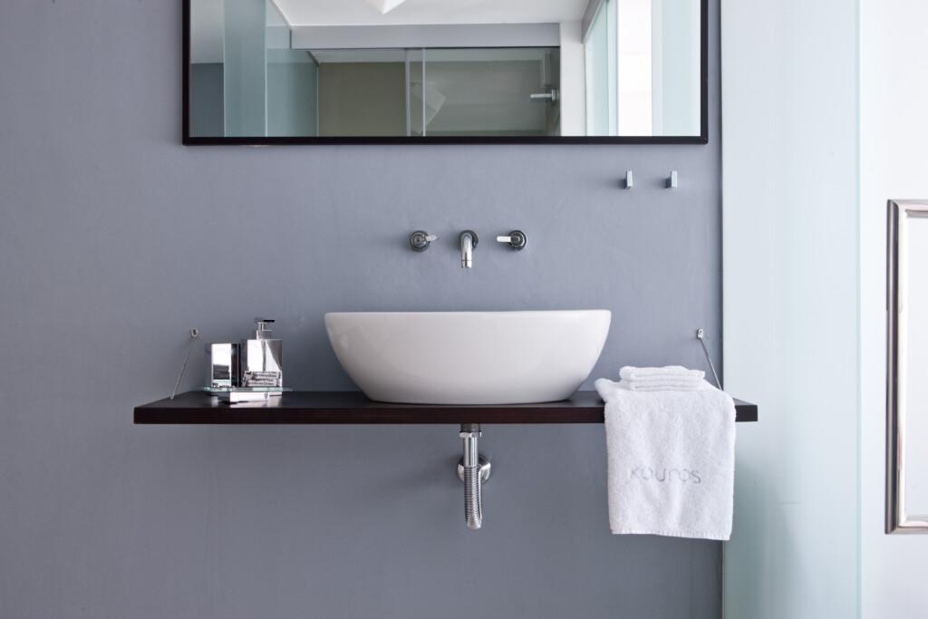 Deluxe jacuzzi suite Kouros Hotel (3)