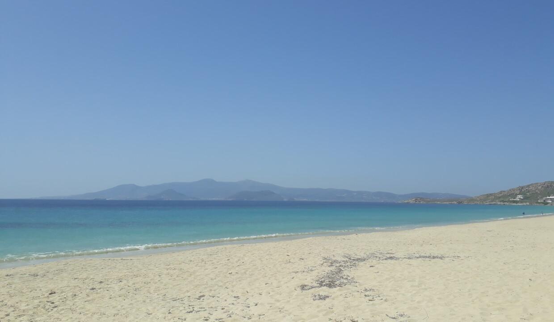 Agios Prokopios – the most famous beach of Naxos