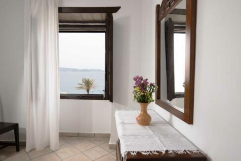 Angela-de-Merici-Sea-View-Apartment-12