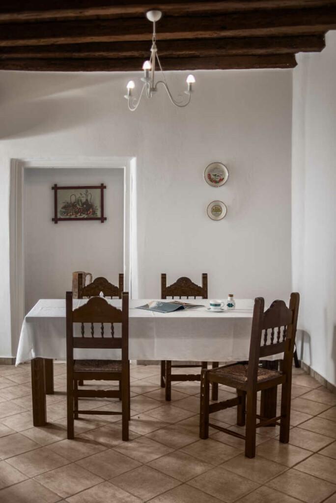 Angela-de-Merici-Sea-View-Apartment-4