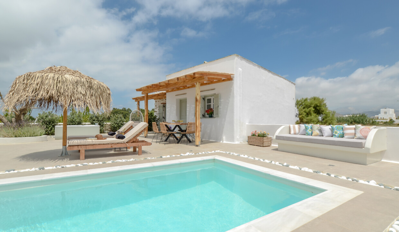 naxos finest villa (1)