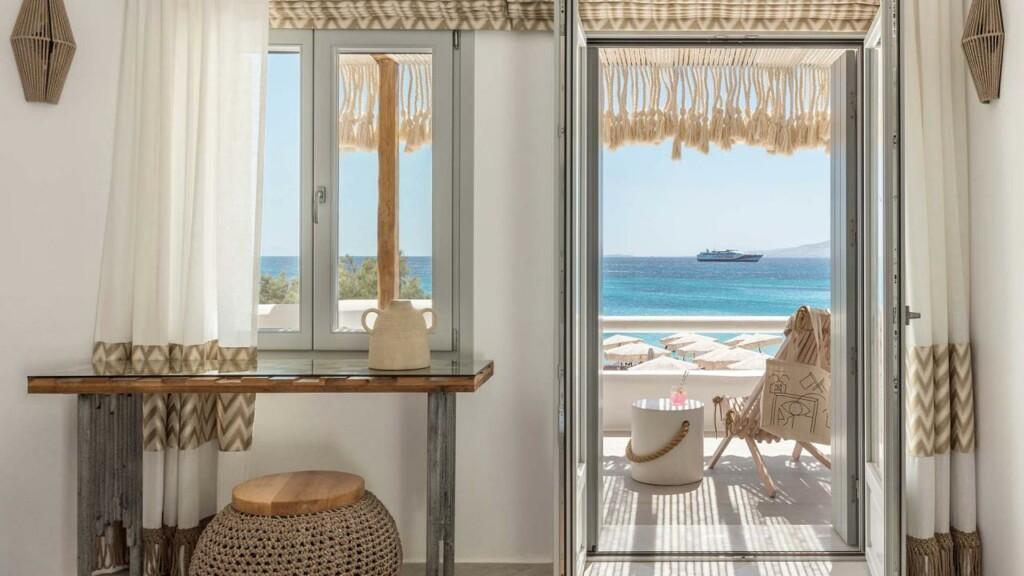 panoramic sea view suite (4)
