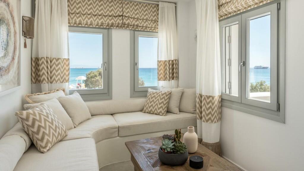 panoramic sea view suite (5)