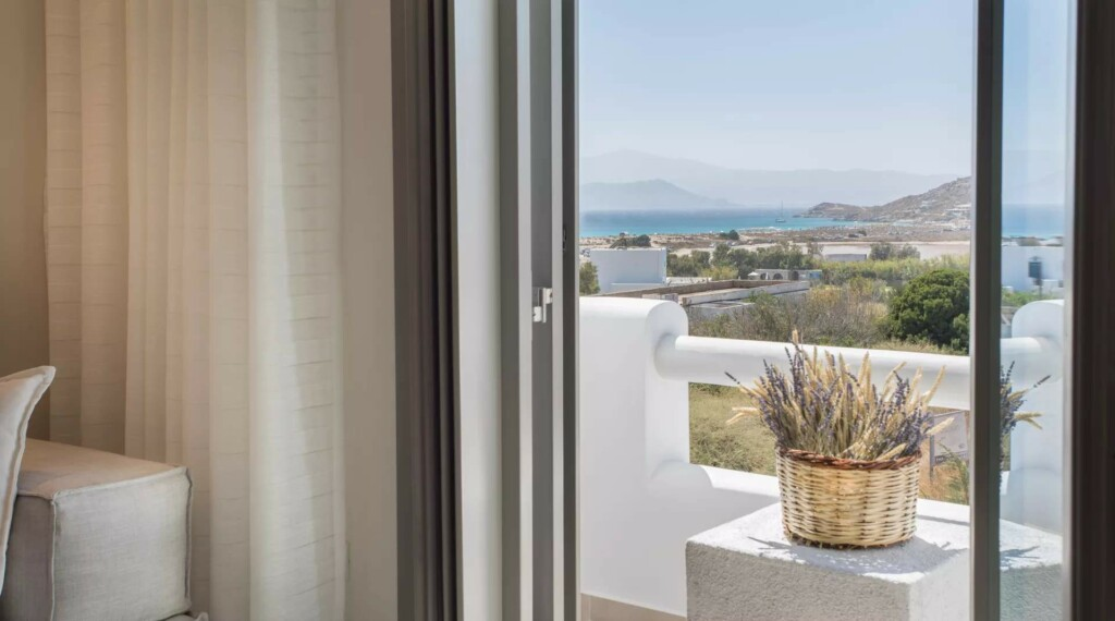 sea view suite with air jet tub (16)