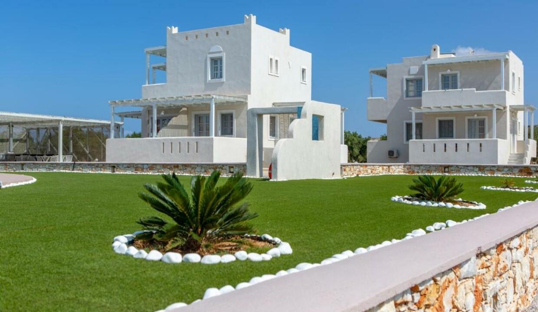 sun and moon villas (8)